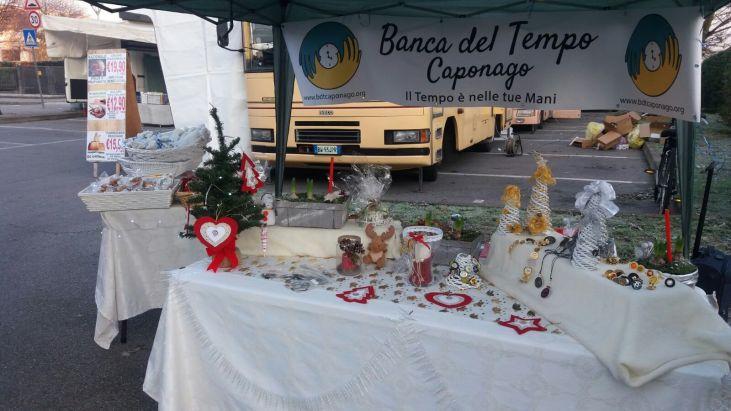 mercatino-natale-piazza-del-mercato